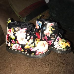 Other - Toddler black Floral boots Size toddler 8